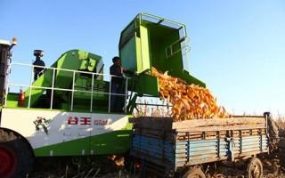 安徽玉米生产机械化实现跳跃式发展