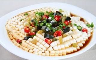 豆腐每天食用过多易加重肾脏负担