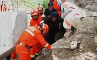 甘肃地震已致95人遇难 今日或降雨需防次生灾害